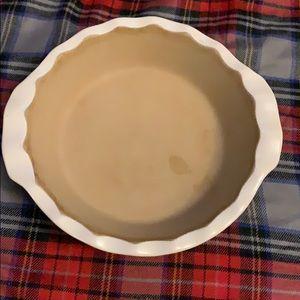 Pampered chef stoneware pie dish